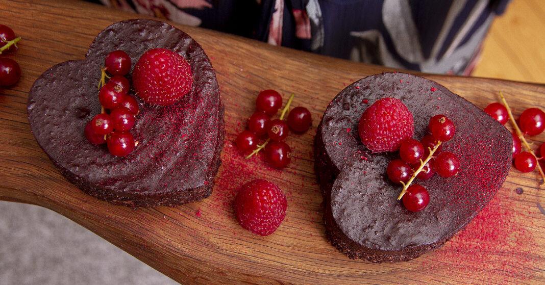 Raw chokoladekage
