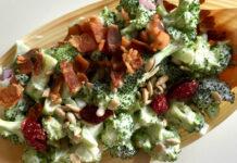 Broccolisalat med tranebær – sommersalater