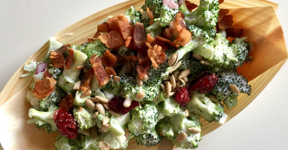 Broccolisalat med tranebær