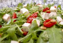 Salat med rucula og feta